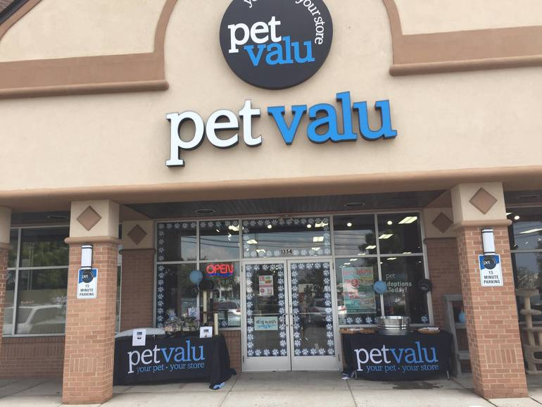 All U.S. PetValu Stores Closing, Including Gillette and Warren Locations