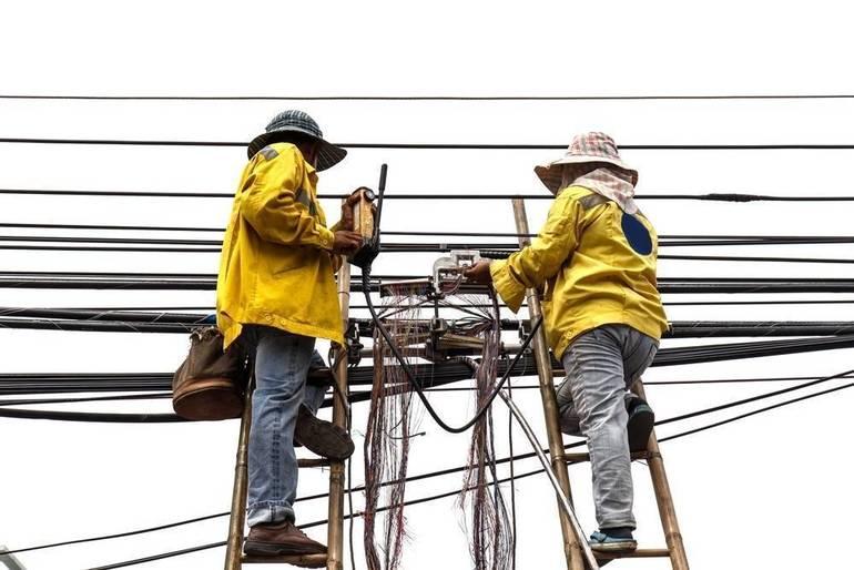 Warren Officials Work to Restore Power