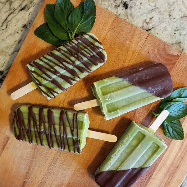 Puras Paletas Chocolate Mint Ice Pops.PNG
