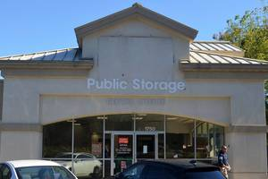 Carousel image 60f07333b95461c0aa9e dac1b8bd7d045ab1adff public storage on route 22 in scotch plains  1