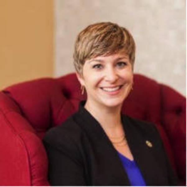 Rebecca Edelmayer.png