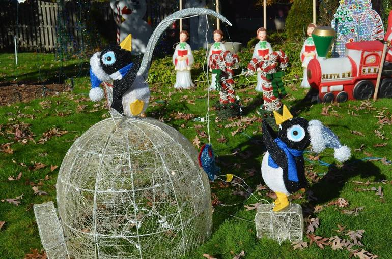 Penguin display at Fanwood's Famous Christmas House.