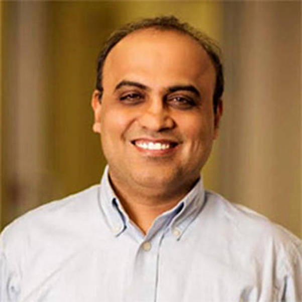Rohit Arora, CEO of Biz2Credit, is one of the nation's leading experts in small business lending.