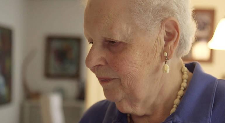 Ruth Ravina profile.png