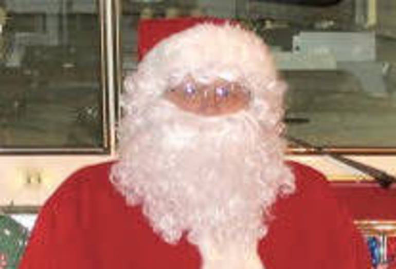 St. Cassian School's Christmas Village to Offer Pictures with Santa, Holiday Shopping