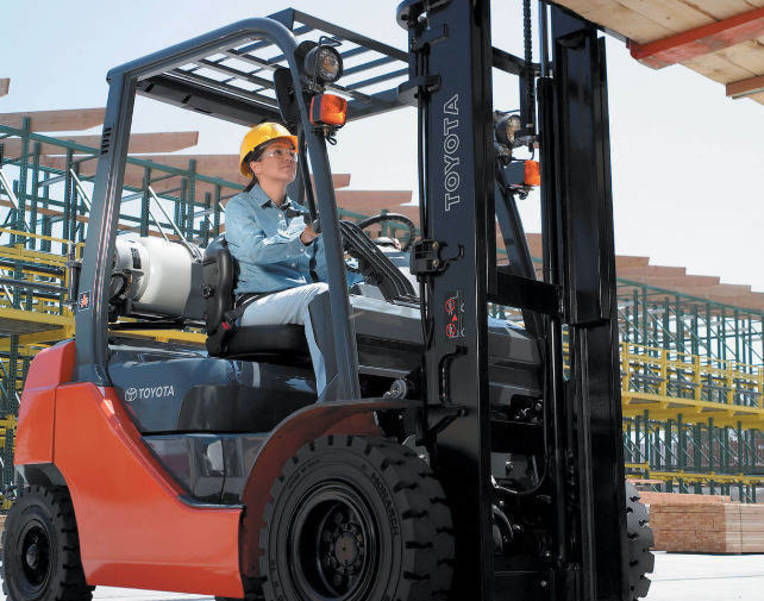 Forklift Training Program Offered to Middlesex County High School Seniors