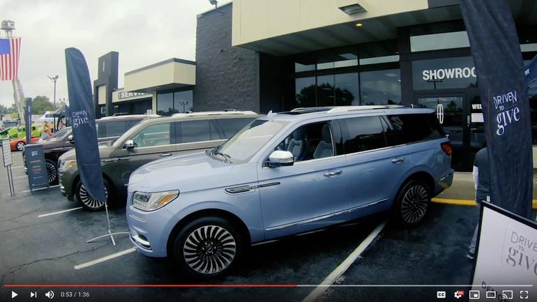 2018 Lincoln Navigator at Lincoln of Wayne.png