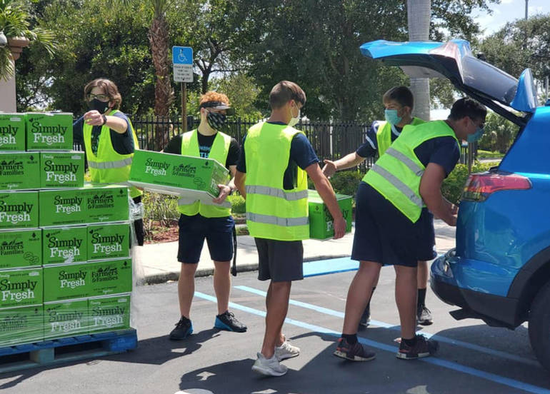 Free Food Distribution Continues Wednesday At Chabad of Coral Springs