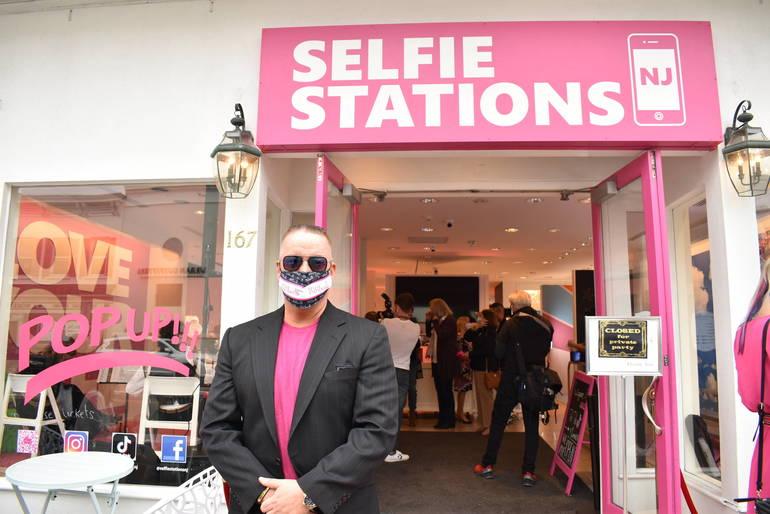 Selfie Stations NJ: 'New Jersey's First Selfie Museum' Opens in Westfield