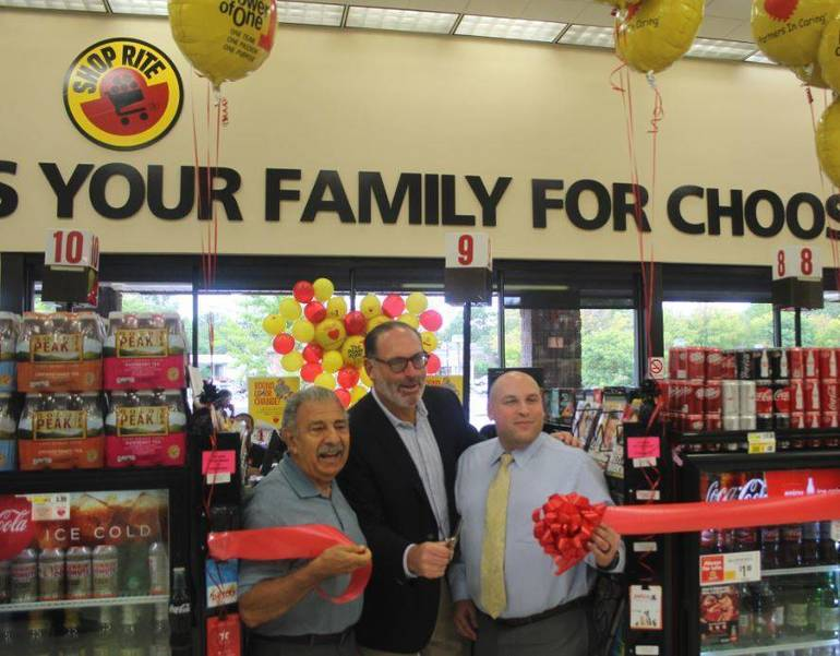 Mayor Venezia to Bag Groceries today at Brookdale ShopRite to 'Help Bag Hunger'