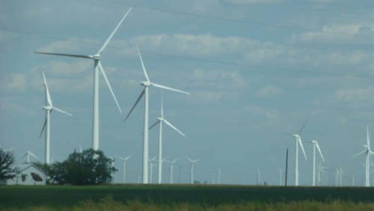 shutterstock_1027052140 windmill farm.jpg