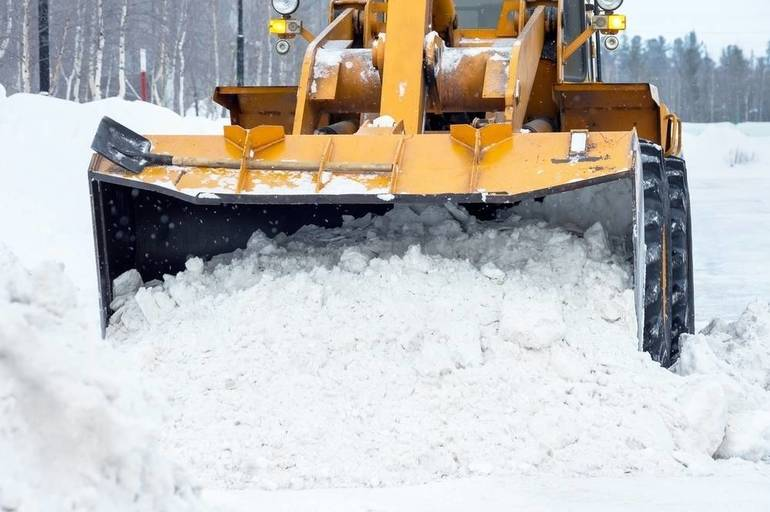 County Braces for Saturday Night Snowstorm - Offers Tips