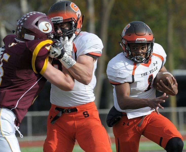 Somerville QB Dabney Runs Ball 47 Times for 312 Yards, 4 TDs in Win Over Rahway