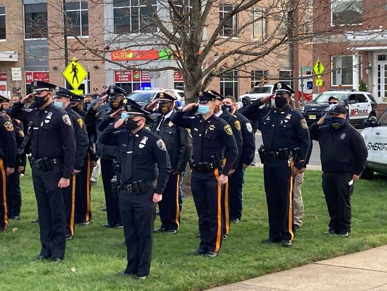 Hundreds Pay Tribute to Beloved Sheriff's Officer in Somerville