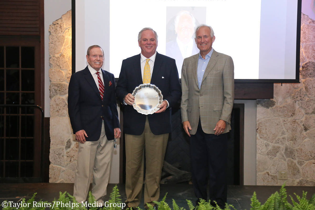 S.-Tucker-S.-Johnson_R.-Bruce-Duchossois-Distinguished-Trustee-Award.JPG