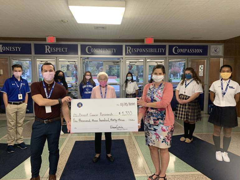 Union Catholic's Student Movement Against Cancer and Student Council Raise Funds During Breast Cancer Awareness Month