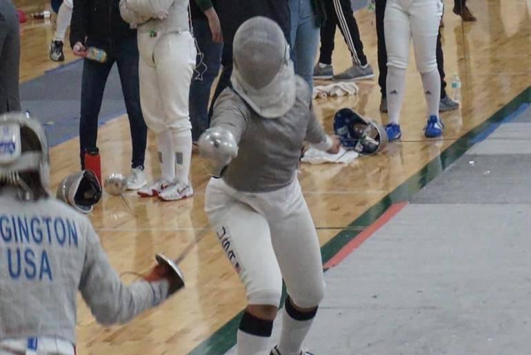 state fencing jadeyn williams 2020 action.JPG