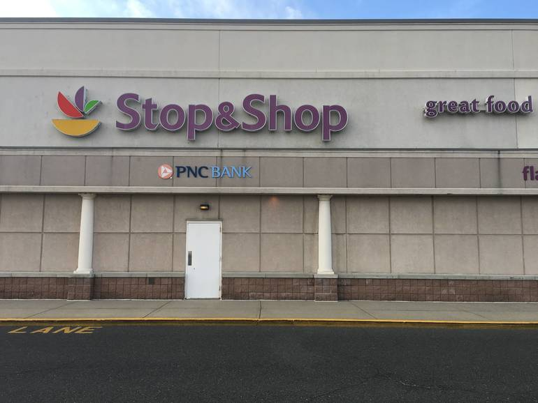 Stop & Shop in Paramus Implements Capacity Limits, One-Way Aisles