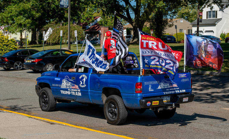 TrumpTrainTruck_DH_Pic.jpg