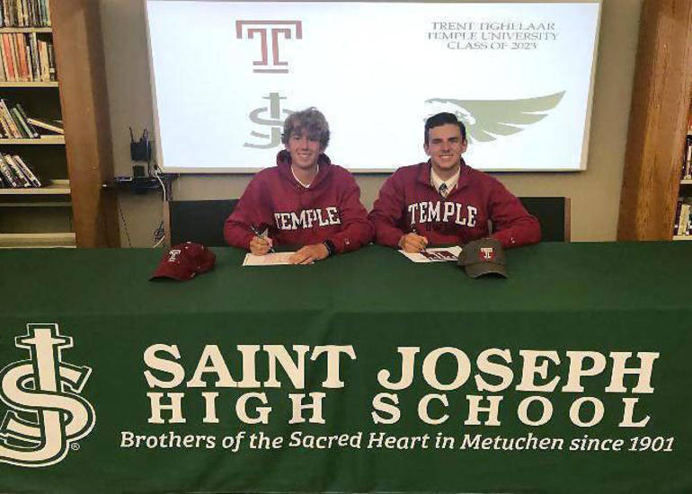 Trent Tighelaar and Ian Hedin - Temple signing.png
