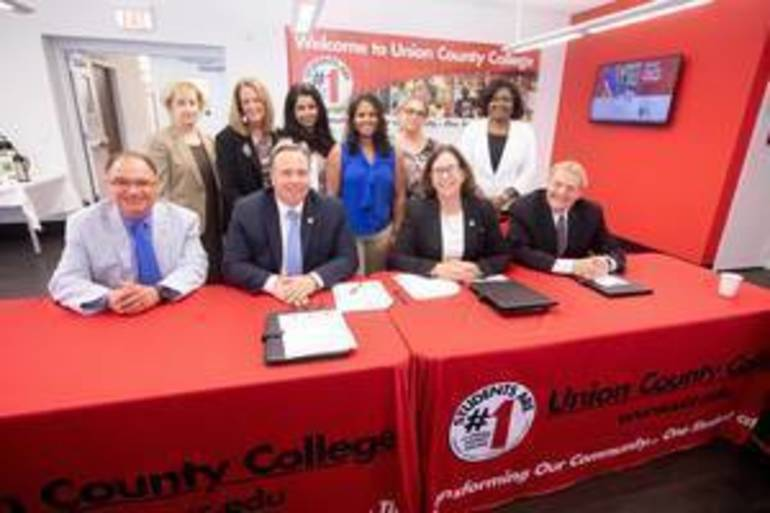 Union County College Partners with Warren County Community College to Train Students as Physical Therapist Assistants