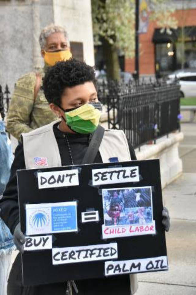 Jersey City Girl Scouts Stand Up for Human Rights, Say no to Cookies