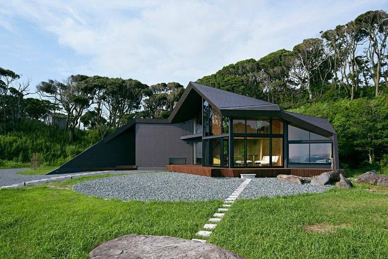 Villa-Escargot-Takeshi-Hirobe-Architects-1.jpeg