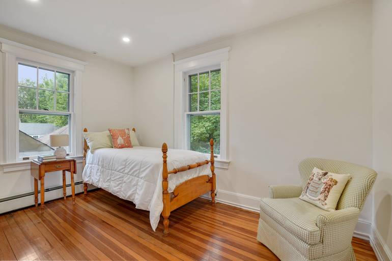 121 Oak Ridge Avenue, Summit, NJ: $1,895,000
