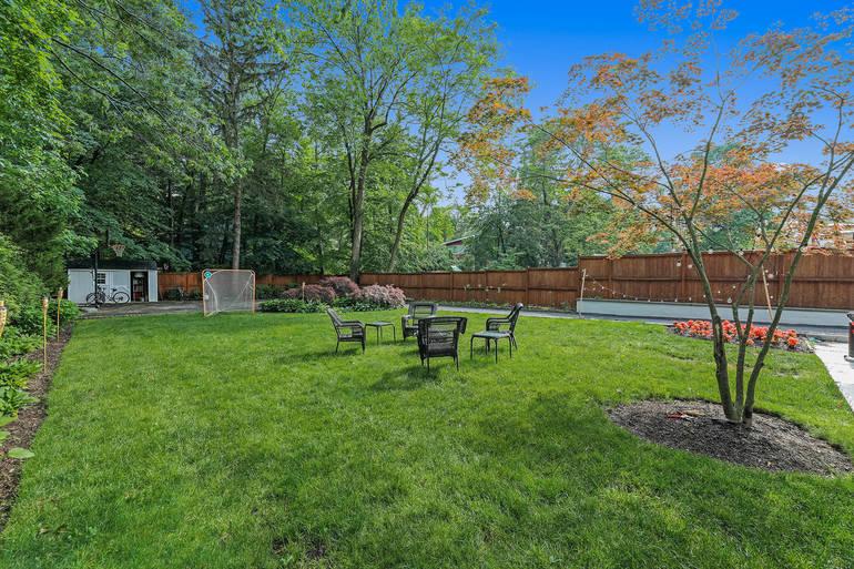 594 Springfield Avenue, Summit, NJ: $825,000