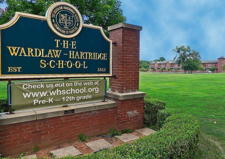 Wardlaw + Hartridge sign.png