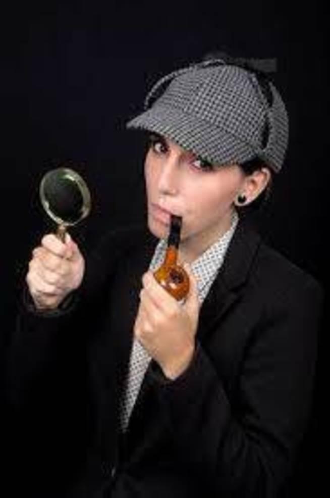Woman Sherlock Holmes.jpg