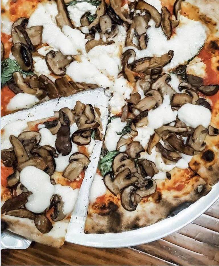 Wood Pizza.jpg