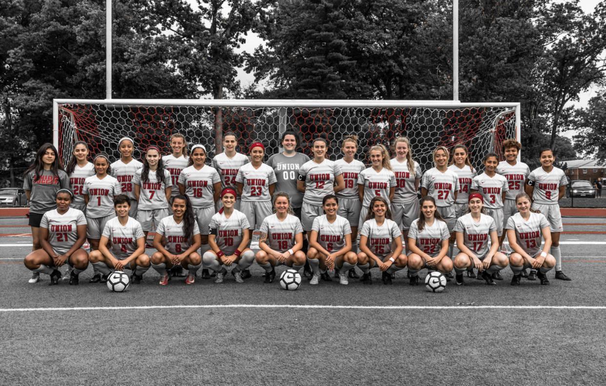 womens soccer team.jpg